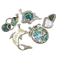 Shell Pendants, Zinc Alloy, with Shell, platinum color plated, with rhinestone & mixed, nickel, lead & cadmium free, 23-34x33-44x3-5, Hole:Approx 3.5-5mm, 10PCs/Lot, Sold By Lot
