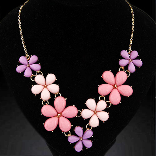 Fashion Statement Necklace, Zinc Alloy, with Resin, Flower, gold color plated, oval chain, pink, lead & cadmium free, 420x140x42mm, Sold Per Approx 16.54 Inch Strand