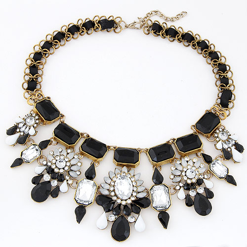Fashion Statement Necklace, Zinc Alloy, with Resin, Flower, antique bronze color plated, black, lead & cadmium free, 380x190x70mm, Sold Per Approx 14.96 Inch Strand