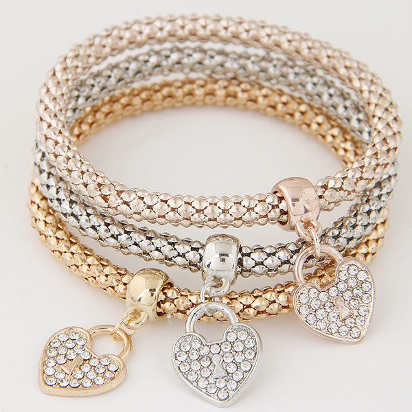 Zinc Alloy Bracelet with Iron Heart plated with rhinestone lead   cadmium free 175mm Length:6.89 Inch 3Strands/Set