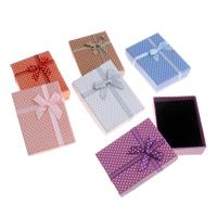 Kartonowe pudełko na naszyjnik, Tektura, ze Gąbka & Satynowa wstążka, Prostokąt, wzór w okrągłe plamki, dostępnych więcej kolorów, 9.5x7x2.6cm, sprzedane przez PC