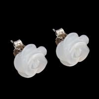 Белая ракушка Сережка-гвоздик, с Латунь, Форма цветка, Платиновое покрытие платиновым цвет, 11x5mm, продается Пара