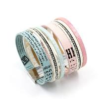 ПУ шнур браслеты, Искусственная кожа, цинковый сплав замок магнитный, Платиновое покрытие платиновым цвет, с письмо узором & Женский & со стразами, Много цветов для выбора, 26mm, длина:Приблизительно 7.8 дюймовый, 3пряди/Лот, продается Лот