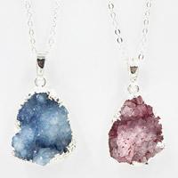 Ледниковый кварц-агат Свитер ожерелье, с железный обруч & Латунь, с 7cm наполнитель цепи, плакирован серебром, druzy стиль & Овальный цепь & Женский, Много цветов для выбора, 25x700mm, длина:Приблизительно 27.5 дюймовый, 3пряди/сумка, продается сумка