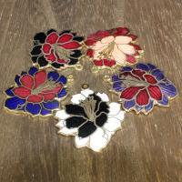 Подвески из перегородчатой эмали, клуазоне, Форма цветка, Позолоченные 24k, Много цветов для выбора, 33x28mm, отверстие:Приблизительно 1mm, 10ПК/сумка, продается сумка