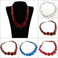 Ожерелье из ракушки, Ракушка, Плоская круглая форма, Женский, Много цветов для выбора, 30x4.5mm, длина:Приблизительно 16.5 дюймовый, 10пряди/сумка, продается сумка