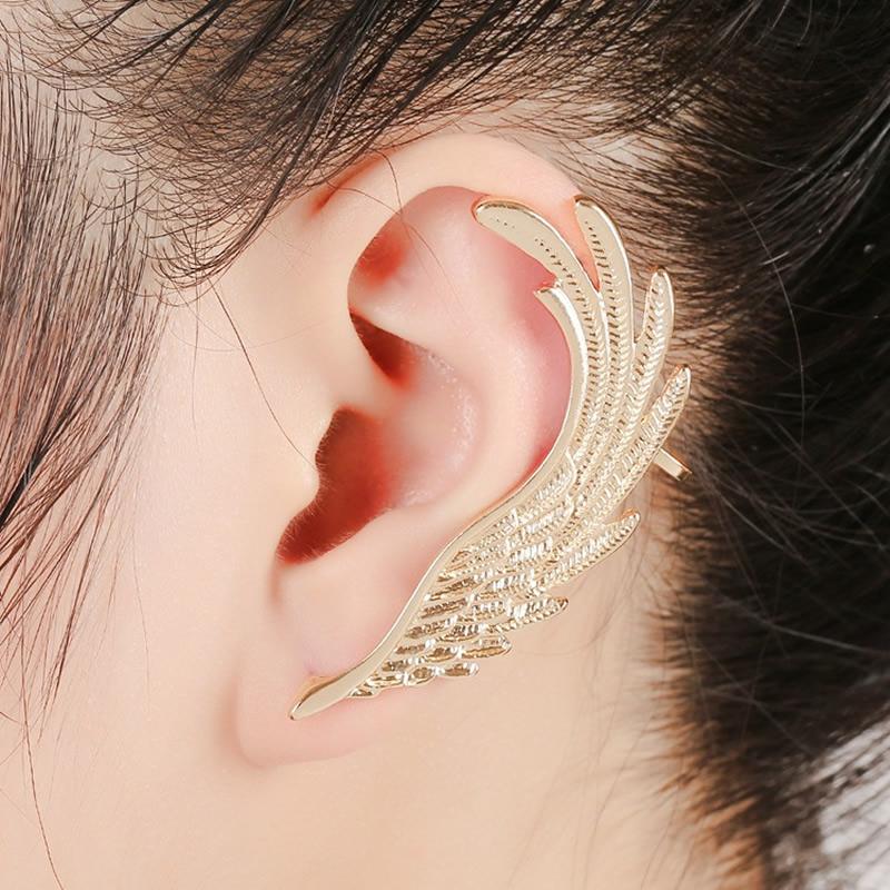 Потерять золотую сережку с правого уха в море